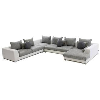 Hanna Sofa w/Right Chaise