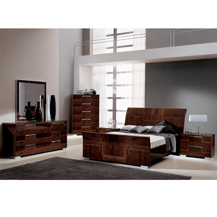 Pisa Queen Sleigh Bed Made In Italy Alternate Image 2 Of 5 Images